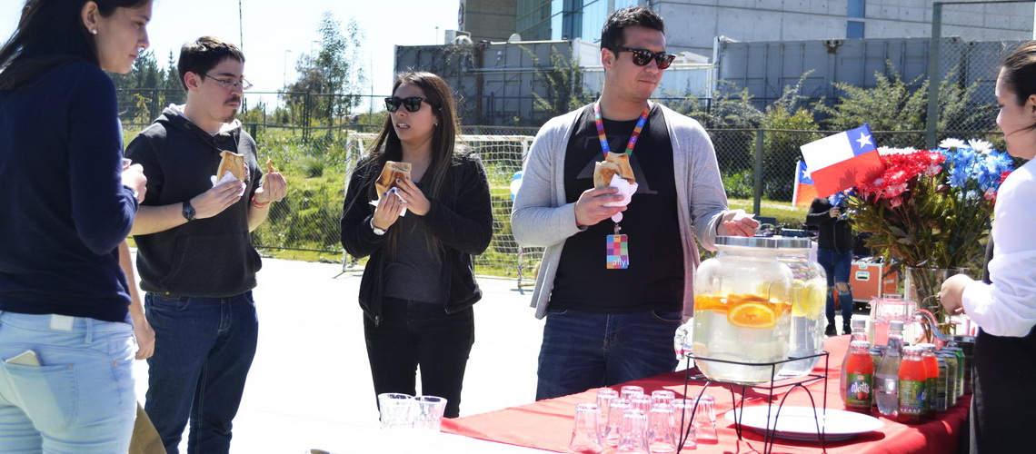 Curauma-Catering-Banquetería-Evento-Dieciochero-Valparaíso-evento-empresarial